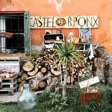 Mess Around live@Castelbronx